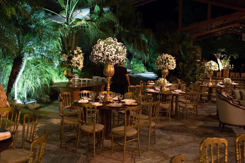 """Foto: Reprodução / <a href=""""http://casandoembh.com.br/casamento-verde-branco-roberta/"""" target=""""_blank"""">Casando em BH</a>"""