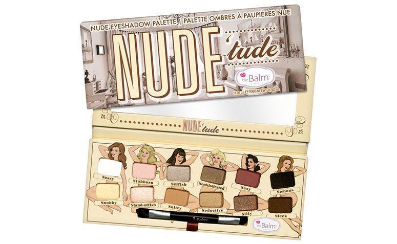 """Paleta The Balm Nude' Tude por R$158,90 na <a href=""""http://www.belezanaweb.com.br/the-balm/the-balm-nude-tude-eyeshadow-palette-paleta-de-sombras/"""" target=""""blank_"""">Beleza na Web</a>"""