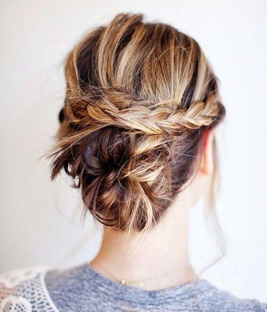 "Foto: Reprodução / <a href=""http://womensandmenshairstyle.blogspot.hu/2015/08/braided-updo-idea-for-shoulder-length.html"" target=""_blank"">Woamens and Mens  Hairstyles</a>"