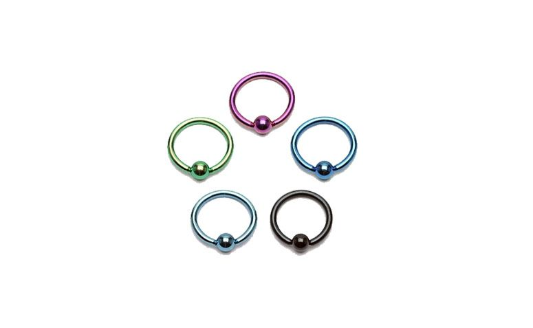 "Piercing argola de aço cirúrgico a partir de R$11,90 na <a href=""http://www.tribalpiercings.com.br/Produto-1-Argola-Captive-Argola-Captive-Anodizado-Tamanhos-Pequenos-versao-1319-9762.aspx"" target=""blank_"">Tribal Piercings</a>"