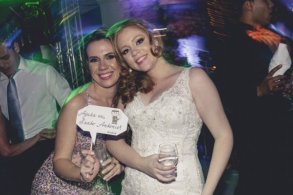 Foto: Uppspelning / Att gifta sig utan pengar
