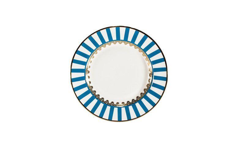 """Prato raso de porcelana por R$44,90 na <a href=""""http://www.americanas.com.br/produto/9248957/prato-raso-flamingo-sao-basilio-oxford-porcelana-28cm"""" target=""""blank_"""">Lojas Americanas</a>"""