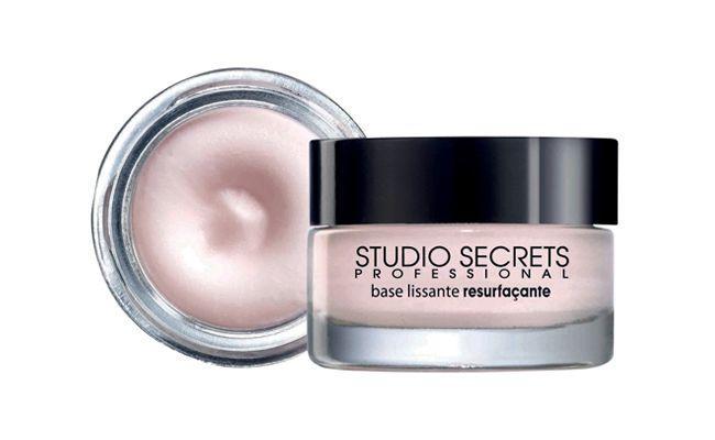"""Primer L'oreal Studio Secrets Primer por R$48,90 na <a href=""""http://www.laffayette.com.br/produto/primer-loreal-studio-secrets-primer-15ml.html"""" target=""""blank_"""">Laffayette</a>"""