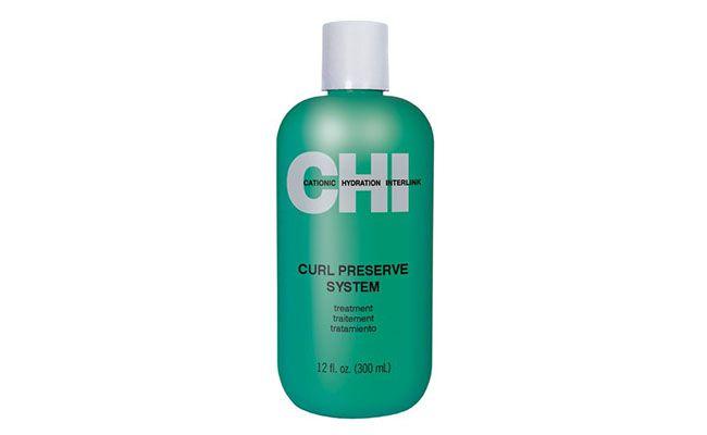 """Curl Preserve System CHI - Condicionador para Cabelos Cacheados 355ml por R$ 59,90 na <a href=""""http://www.epocacosmeticos.com.br/curl-preserve-system-chi---condicionador-para-cabelos-cacheados/p"""" target=""""_blank"""">Época Cosméticos</a>"""