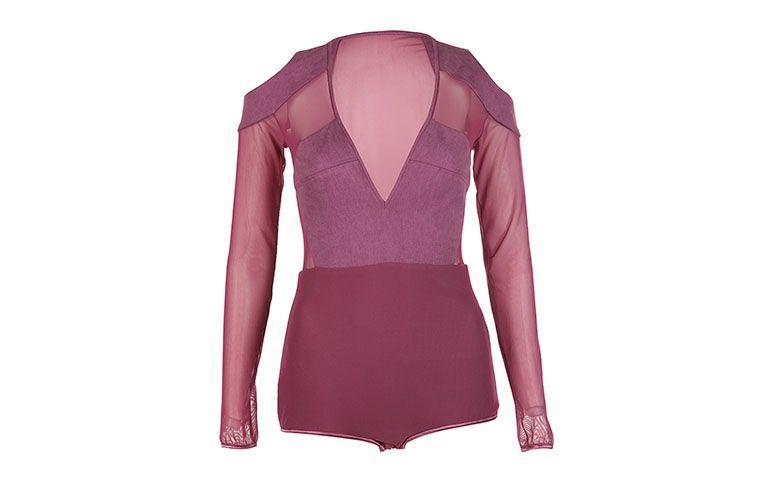 """Body com decote profundo Paula Raia por R$678 na <a href=""""http://www.e-closet.com.br/body-top/body-tule-paula-raia-29388.html#"""" target=""""blank_"""">E-Closet</a>"""