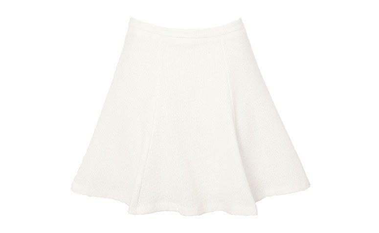 évasé jupe courte blanche pour 369 $ en OQVestir