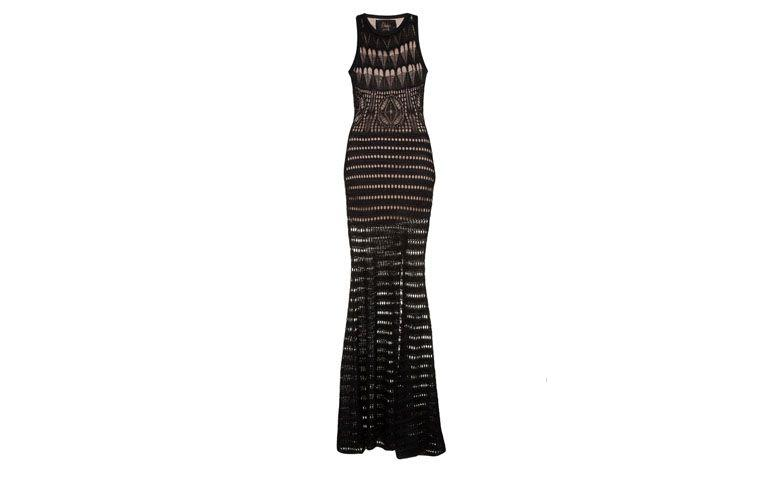"Vestido Fabulous por R$834 na <a href=""http://www.gallerist.com.br/vestido-longo-croche-fabulous-9191.aspx/p"" target=""blank_"">Gallerist</a>"