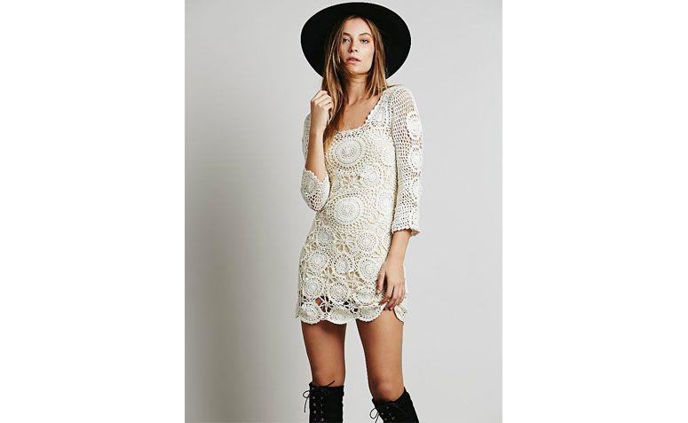 """vestido branco por U$146 na <a href=""""http://www.freepeople.com/havana-crochet-mini/_/QUERYID/555d3ee98570a3442b0001f3/CMCATEGORYID/683d4023-53f5-4900-b5ce-ecf465df31a9/SEARCHPOSITION/0/STYLEID/33934662/?searchString=crochet"""" target=""""blank_"""">Free people</a>"""