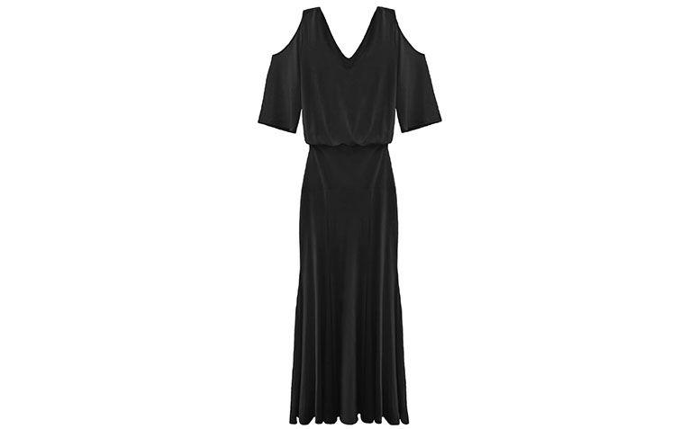"""Vestido preto longo por R$422,40 na <a href=""""http://www.bynv.com.br/produto/1820473/vestido-jessica-preto"""" target=""""blank_"""">By NV</a>"""