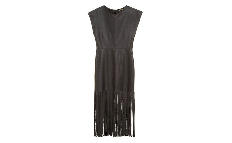midi black dress with fringes 3: AM by R $ 690 in Style Market