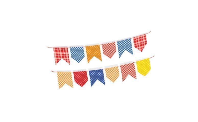 """Bandeirinha de papel cartão – 3 metros por R$  17,90 no <a href=""""http://www.festabox.com.br/produto/16282/bandeirinha+de+papel+cartao+festa+junina"""" target=""""_blank""""> Festa Box </a>"""