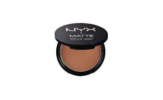"Matte Bronzer por R$79,00 na <a href=""http://www.nyxcosmeticos.com.br/corpo/po-bronzer/matte-bronzer"" target=""blank_"">NYX</a>"