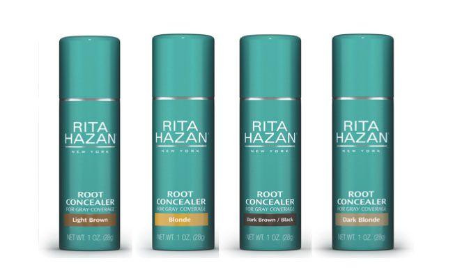 "Sugestão da hairstylist Marina Marques: Root Concealer Rita Hazan por US$25 no <a href=""http://www.ritahazan.com/store/products/root-concealer"" target=""_blank"">Rita Hazan shop</a> (fora do Brasil)"