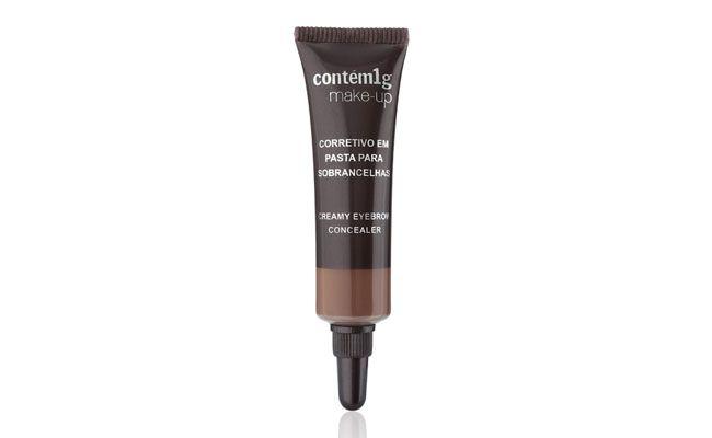 """Sugestão do hairstylist Robson Perez: Corretivo para sobrancelhas em pasta por R$54 na <a href=""""http://www.contem1g.com.br/produtos/familia/389/corretivo-em-pasta-para-sobrancelhas/detalhes"""" target=""""_blank"""">Contém 1g</a>"""