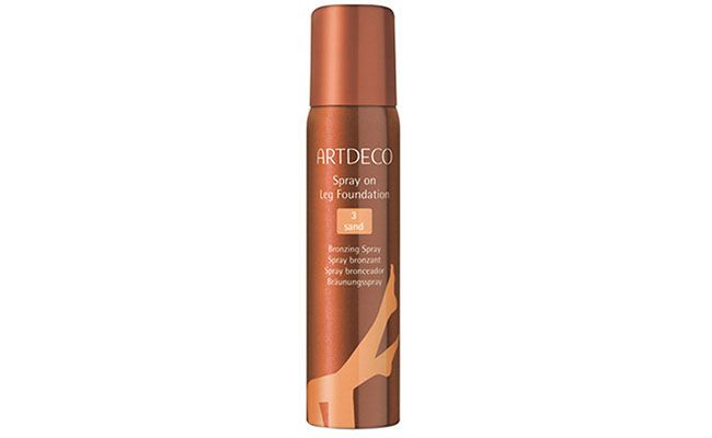 "Bronzer para o corpo Artdeco por R$129,90 na <a href=""http://www.thebeautybox.com.br/artdeco-efeito-bronzeado-spray-on-leg-marrakesh.htm"" target=""blank_"">The Beauty Box</a>"