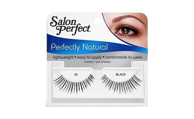 "Cílios postiços Salon Perfect por R$13,93 na <a href=""http://www.walmart.com.br/produto/Beleza-e-Saude/Mascara-de-Cilios/Salon-Perfect/351221-Perfectly-Natural-S-Cola"" target=""blank_"">Walmart</a>"