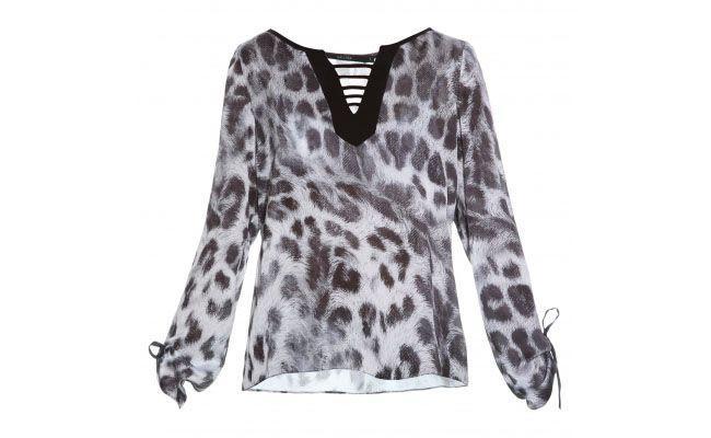 "Bata Mellina por R$369,90 na <a href=""http://www.stylemarket.com.br/blusa-lean-mellina---2909"" target=""blank_"">Style Market</a>"