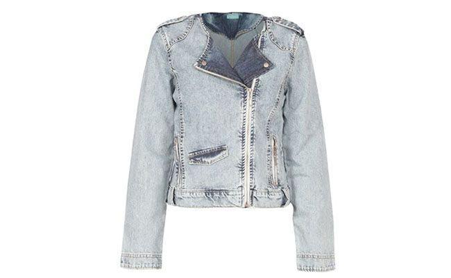 "Jaqueta Cora por R$109,65 na <a href=""http://www.glamour.com.br/jaqueta-cora-jeans-com-zipper-jeans-medio-190831/p"" target=""blank_"">Glamour</a>"