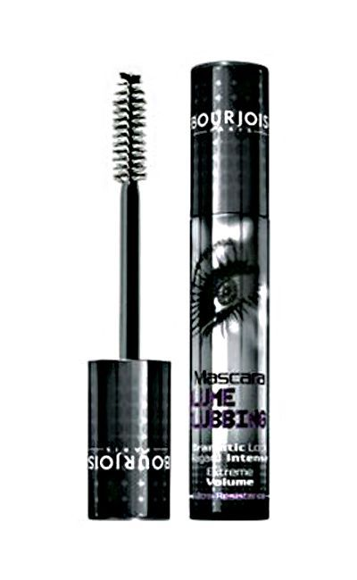 "Dulce Lutke, coordenadora de maquiagem do Expert Beauty Center, indica: Bourjois Absolute Black por R$48,40 na  <a href=""http://www.epocacosmeticos.com.br/volume-clubbing-mascara-bourjois-mascara-volumizadora-para-os-cilios/"" target=""blank_""> Época Cosméticos </a>"