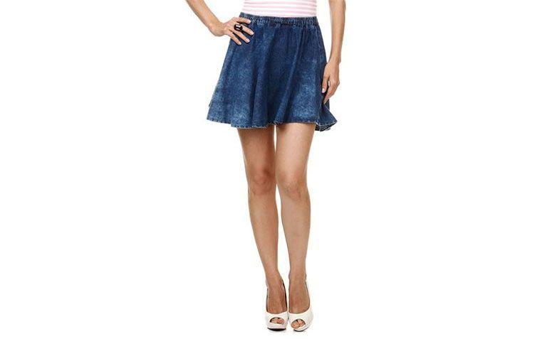 """Saia godê por R$ 59,99 na <a href=""""http://ad.zanox.com/ppc/?28065072C31517757&ULP=[[http://www.marisa.com.br/produto/saia-feminina-gode-em-jeans/134068?cor_n_codigo=7824?utm_source=me-s_zanx__&utm_medium=txt&utm_campaign=me-s_zanx-_-tnfild__tca___-_-txt-_-_var_me__afiliados__]]"""" rel=""""nofollow"""" target=""""_blank"""">Marisa</a>"""