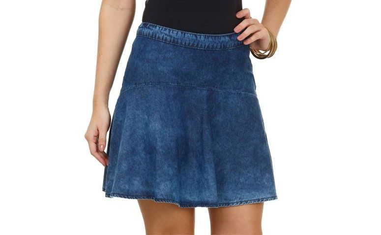 "Saia feminina em jeans por R$ 59,95 na <a href=""http://ad.zanox.com/ppc/?28065072C31517757&ULP=[[http://www.marisa.com.br/produto/saia-feminina-em-jeans/144385?refferPos=gygLRvM6vRY=&refferPag=YrItVniimrc=&cor_n_codigo=6218?utm_source=me-s_zanx__&utm_medium=txt&utm_campaign=me-s_zanx-_-tnfild__tca___-_-txt-_-_var_me__afiliados__]]"" rel=""nofollow"" target=""_blank"">Marisa</a>"