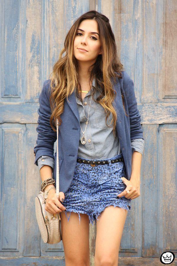 "Foto: Reprodução / <a href=""http://fashioncoolture.com.br/2014/11/09/degrant-denim-skirt-gap-blazer/  "" target=""_blank"">Fashion Coolture</a>"
