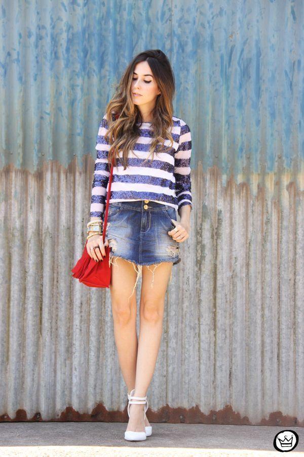 """Foto: Reprodução / <a href=""""http://fashioncoolture.com.br/2014/11/12/denim-skirt-macstile-casual-outfit/ """" target=""""_blank"""">Fashion Coolture</a>"""