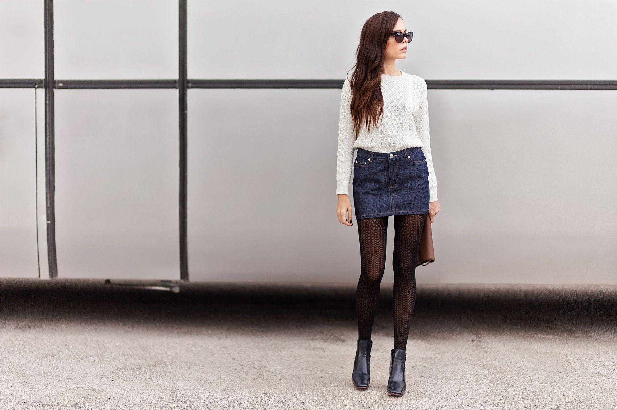 "Foto: Reprodução / <a href=""http://www.styleheroine.com/2014/11/18/raw-denim-white-knits/ "" target=""_blank"">Style Heroine/a>"