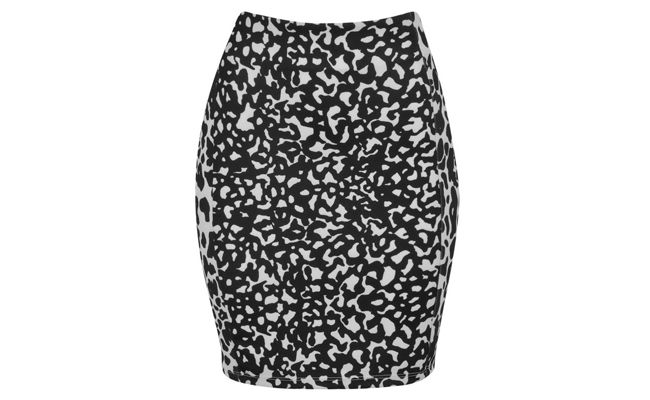 Pencil skirt by Animal Print RS79,90 in Renner