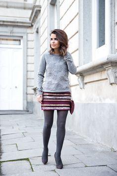 "Foto: Reprodução / <a href=""http://www.collagevintage.com/2013/11/sequined-skirt-sweatshirt/"" target=""_blank"">Collage Vintage</a>"