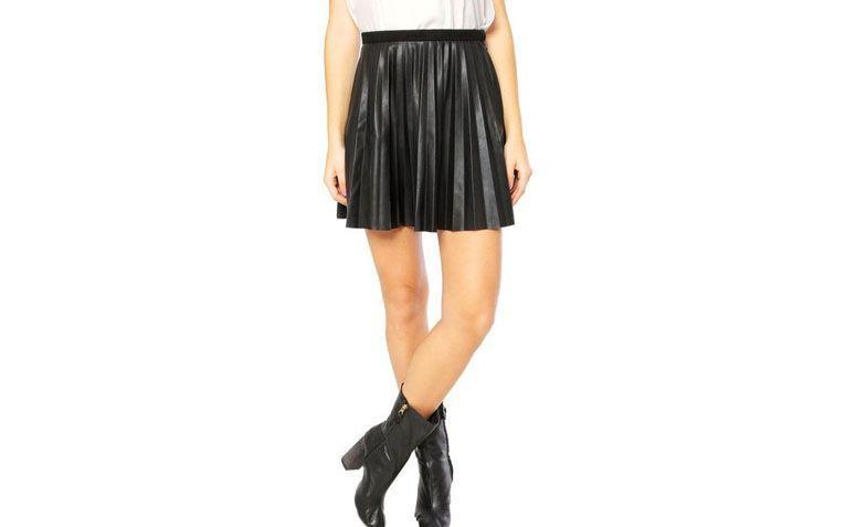 Pleated Skirt Ellus av R $ 319,99 i Dafiti