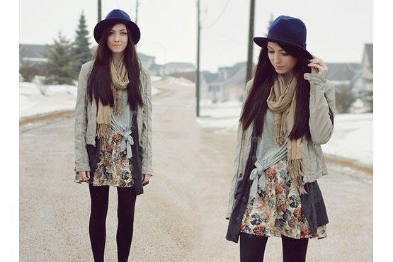 Quando optar por uma saia estampada, prefira nuances neutras e lisas para finalizar o look.