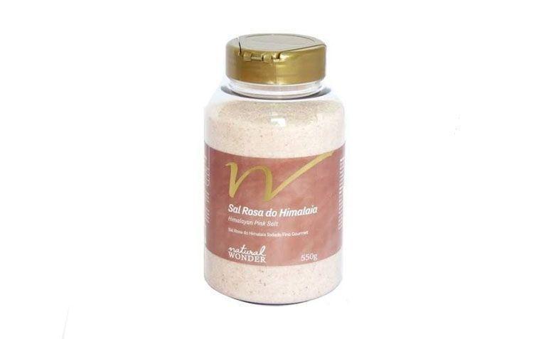 "Sal Rosa Fino Iodado por R$25,80 na <a href=""http://www.lojadamimo.com.br/prod,idloja,22278,idproduto,5163327,sal-rosa-do-himalaia-fino-iodado---550g-pote--5-mm--natural-wonder"" target=""blank_"">Empório Mercantil</a>"