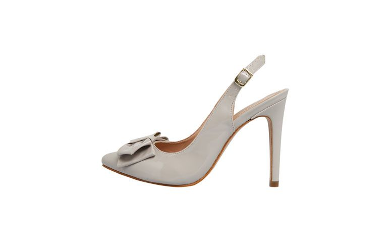 "Scarpin Dafiti Shoes por R$99,90 na <a href=""http://ad.zanox.com/ppc/?28065109C79450365&ULP=[[http://www.dafiti.com.br/Scarpin-DAFITI-SHOES-Cinza-1718051.html?utm_source=zanox&utm_medium=deeplink_generator&utm_campaign=deeplink_generator]]"" target=""blank_"">Dafiti</a>"