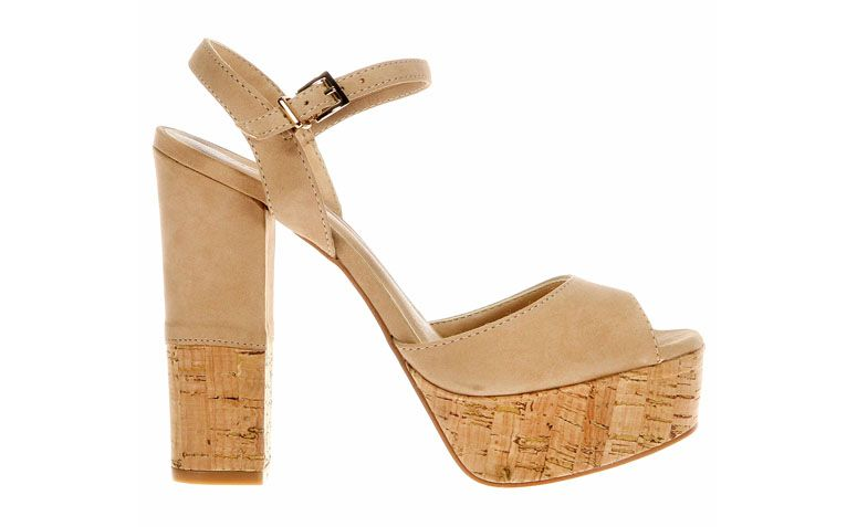 Sandal Raphaella Booz by R $ 229.90 in Zattini