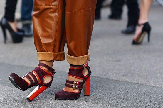 sandalia-gladiadora-como-usar-street-style-burgundy