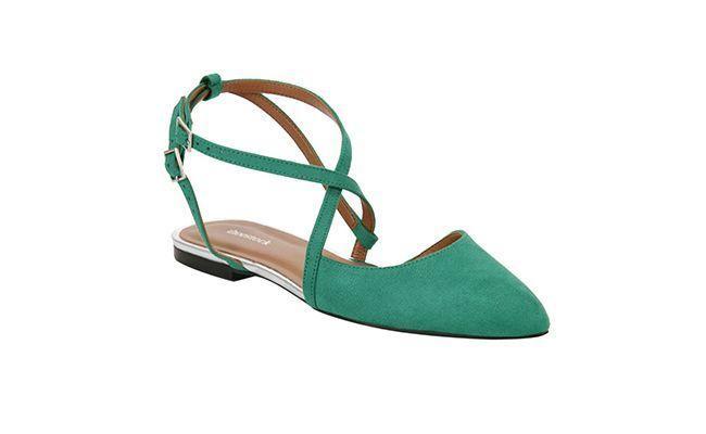 """Sapatilha de Camurça por R$ 129,90 na <a href=""""http://www.shoestock.com.br/sapatilha-camurca-sintetica-esmeralda-1603046001012/p"""" target=""""blank_"""">Shoe Stock</a>"""