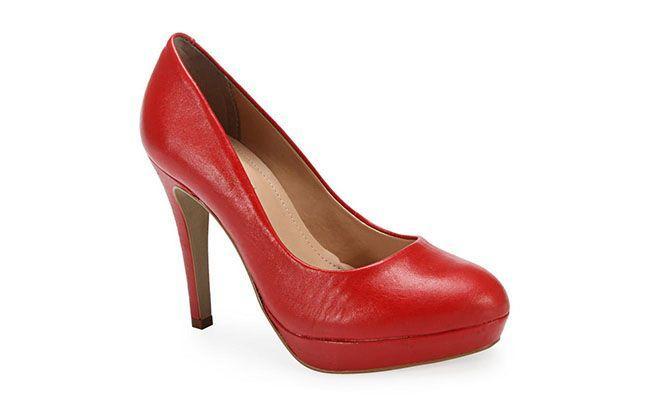 Pompy pół czerwona łapa Ferrette przez R $ 179,99 w Anita