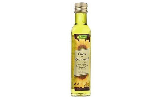 "Óleo de Girassol Giroil por R$20,70 na <a href=""http://www.milgraos.com.br/oleo-de-girassol-extra-virgem-250ml-giroil.html"" target=""blank_"">Mil grãos</a>"