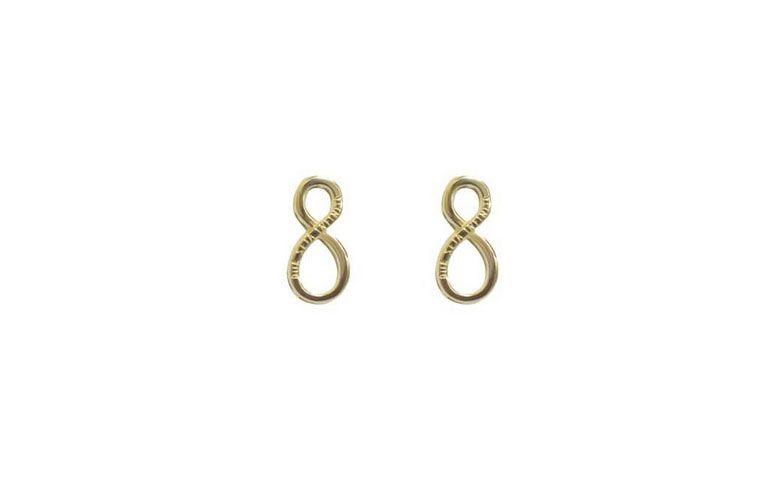 "Brinco infinito folheado a ouro por R$49,00 na <a href=""https://www.carolnaderjoias.com.br/brincos-semi-joias/brinco-semijoias-bijuterias-folheados-infinito/"" target=""blank_"">Carol Nader Joias</a>"