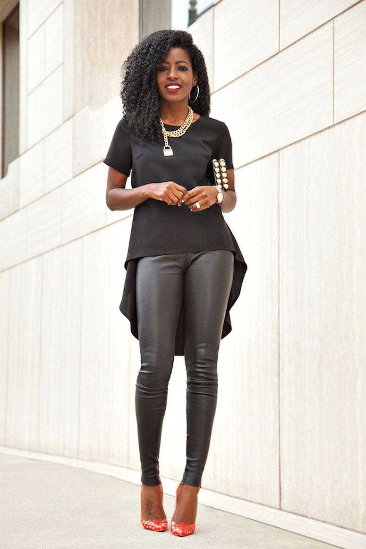 """Foto: Reprodução / <a href=""""http://stylepantry.com/2015/05/22/babydoll-blouse-skinny-leather-pants/"""" target=""""_blank"""">Style Pantry</a>"""