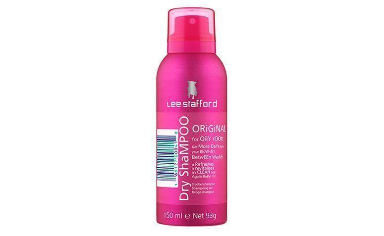 "Shampoo seco Lee Stafford por R$53 na <a href=""http://ad.zanox.com/ppc/?28925443C37024933&ULP=[[http://www.sephora.com.br/lee-stafford/cabelos/shampoo/shampoo-a-seco-original-dry-shampoo-15904?idparceria=25922&utm_source=zanox&utm_medium=link&utm_campaign=afiliadoszanox]]"" target=""blank_"">Sephora</a>"
