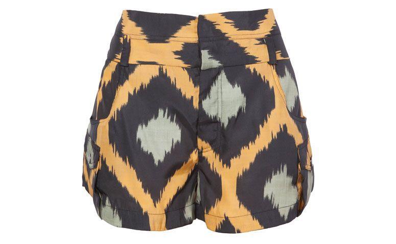 "Shorts Animale por R$499 na <a href=""http://www.oqvestir.com.br/short-animale-seda-damasco-60069.aspx/p"" target=""blank_"">Oqvestir</a>"