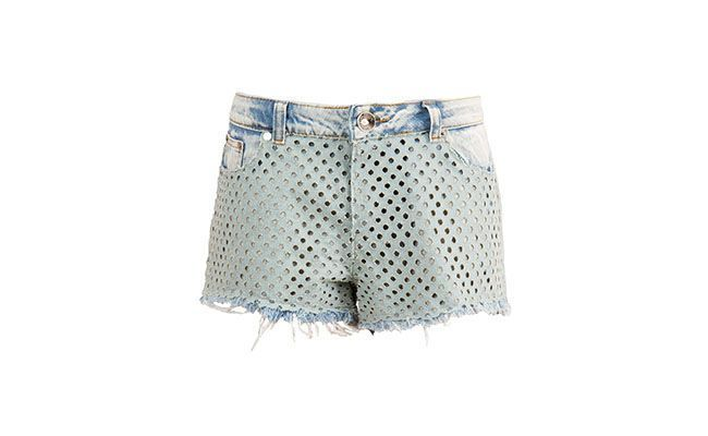 "Shorts Jeans Espaço Fashion por R$380,00 na <a href=""http://bit.ly/1nYolnt"" target=""blank_"">Farfetch</a>"