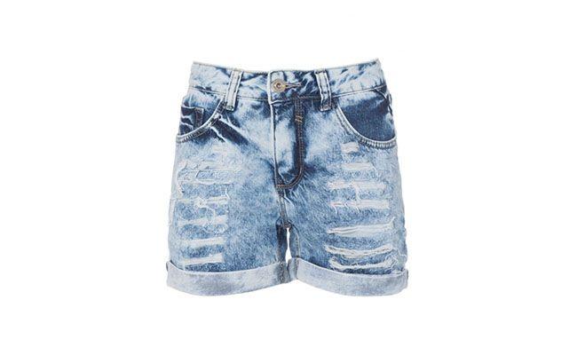 "Shorts Jeans Amaro por R$144,90 na <a href=""http://amaro.com/shorts-boyfriend-jeans-665.aspx/p?sku=1435000146"">Amaro</a>"