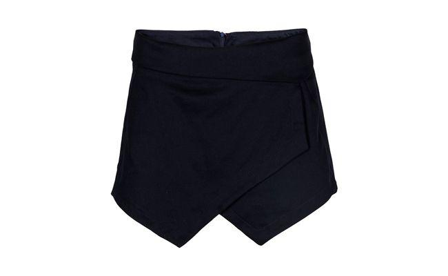 "Short saia assimétrico Olook por R$119,90 na <a href=""http://bit.ly/1jNPK4T"" target=""blank_"">Olook</a>"