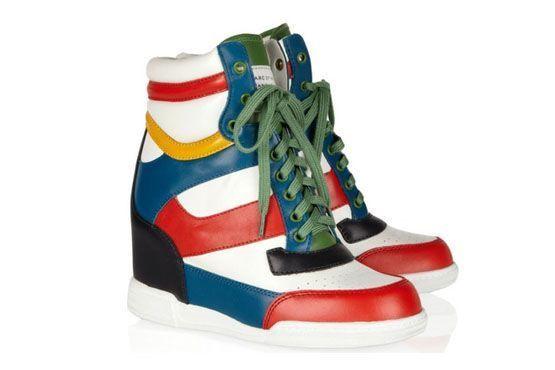 4 Sneaker com salto embutido