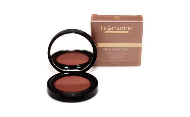 "Sombra Biomarine Chocolate por R$41,90 na <a href=""http://www.netfarma.com.br/Produto/25783/sombra-biomarine-mineral-eye-color-chocolate-com-caviar?gclid=CKmhtbaNwr0CFTMV7AodkRIAUw"" target=""blank_"">Netfarma</a>"
