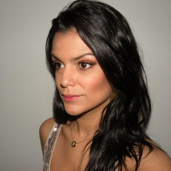 """Foto: Reprodução / <a href=""""http://www.2beauty.com.br/blog/2012/11/01/tutorial-feriado/"""" target=""""_blank"""">2Beauty</a>"""
