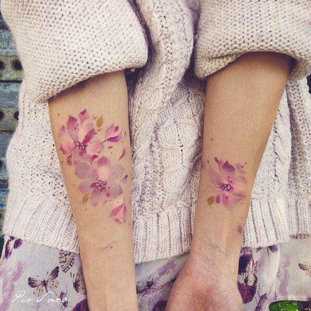 """Foto: Reprodução / <a href=""""https://instagram.com/p/18xiCGMeXI/  """" target=""""_blank"""">Pissaro tattoo</a>"""